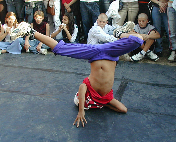 Breakdance Performance2